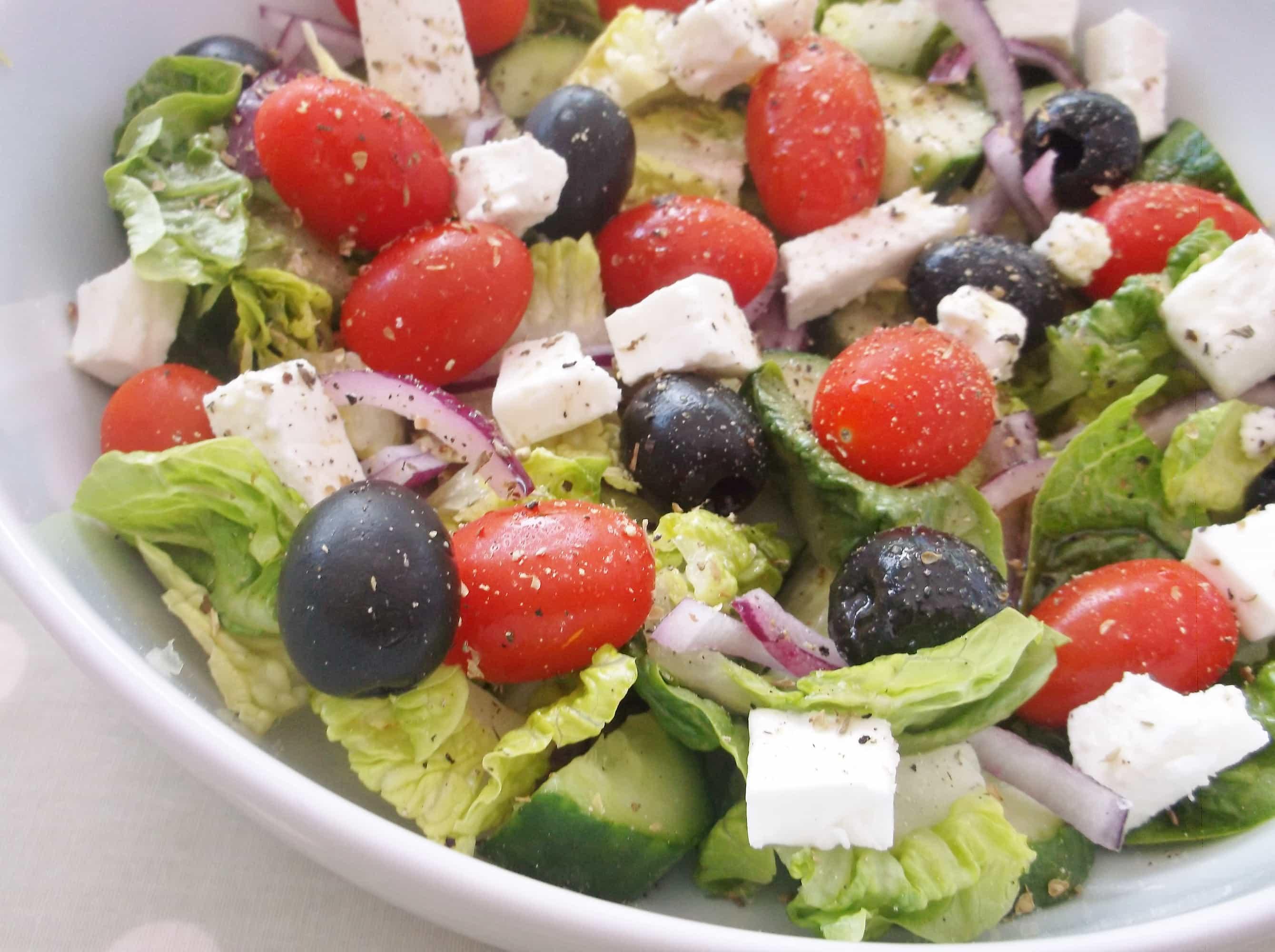 Easy Peasy Greek Salad