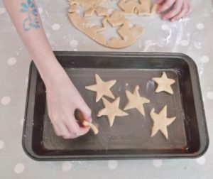 Easy Peasy Christmas Star Biscuits 8