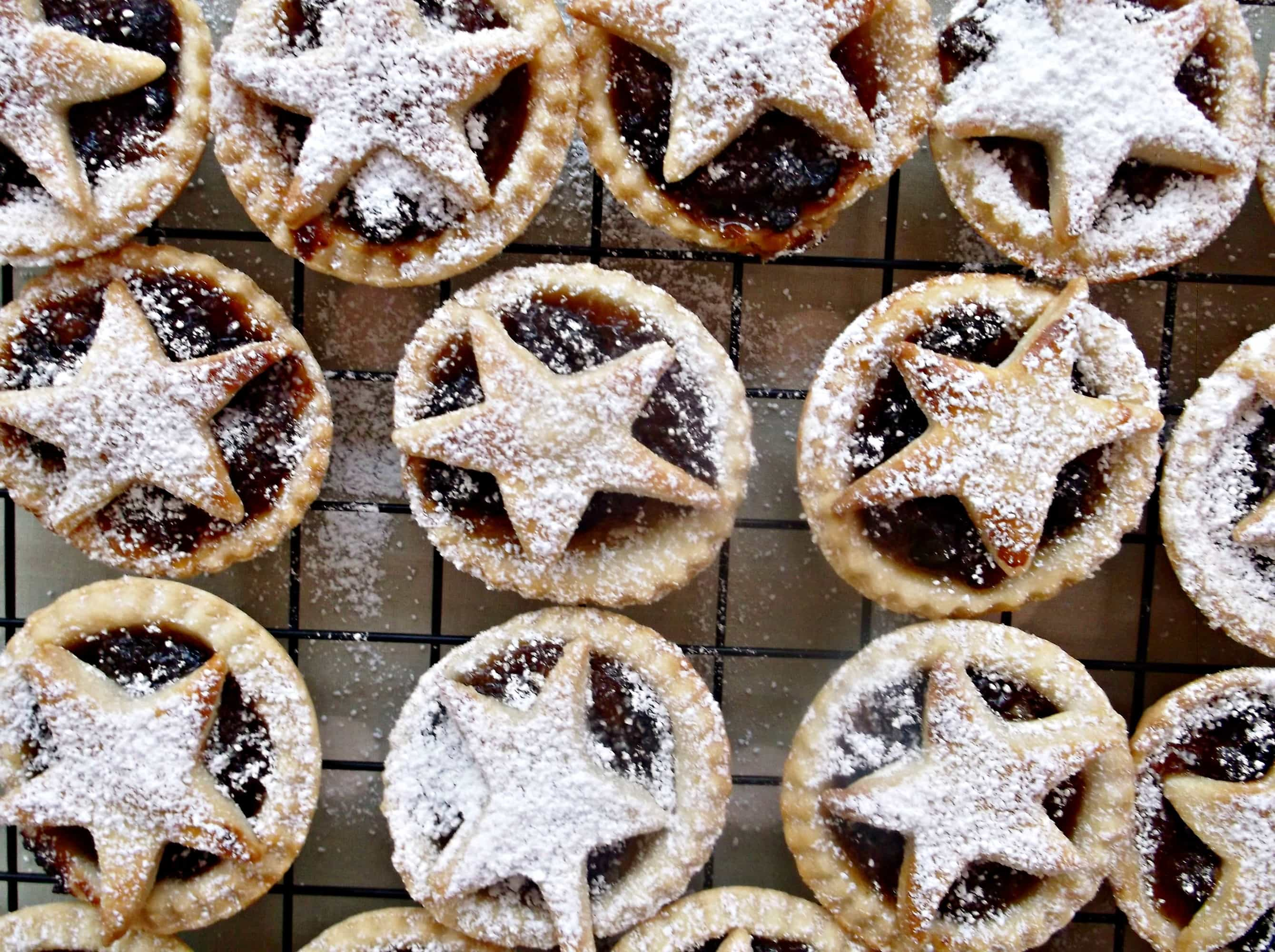 Easy Peasy Mini Mince Pies - Easy Peasy Foodie
