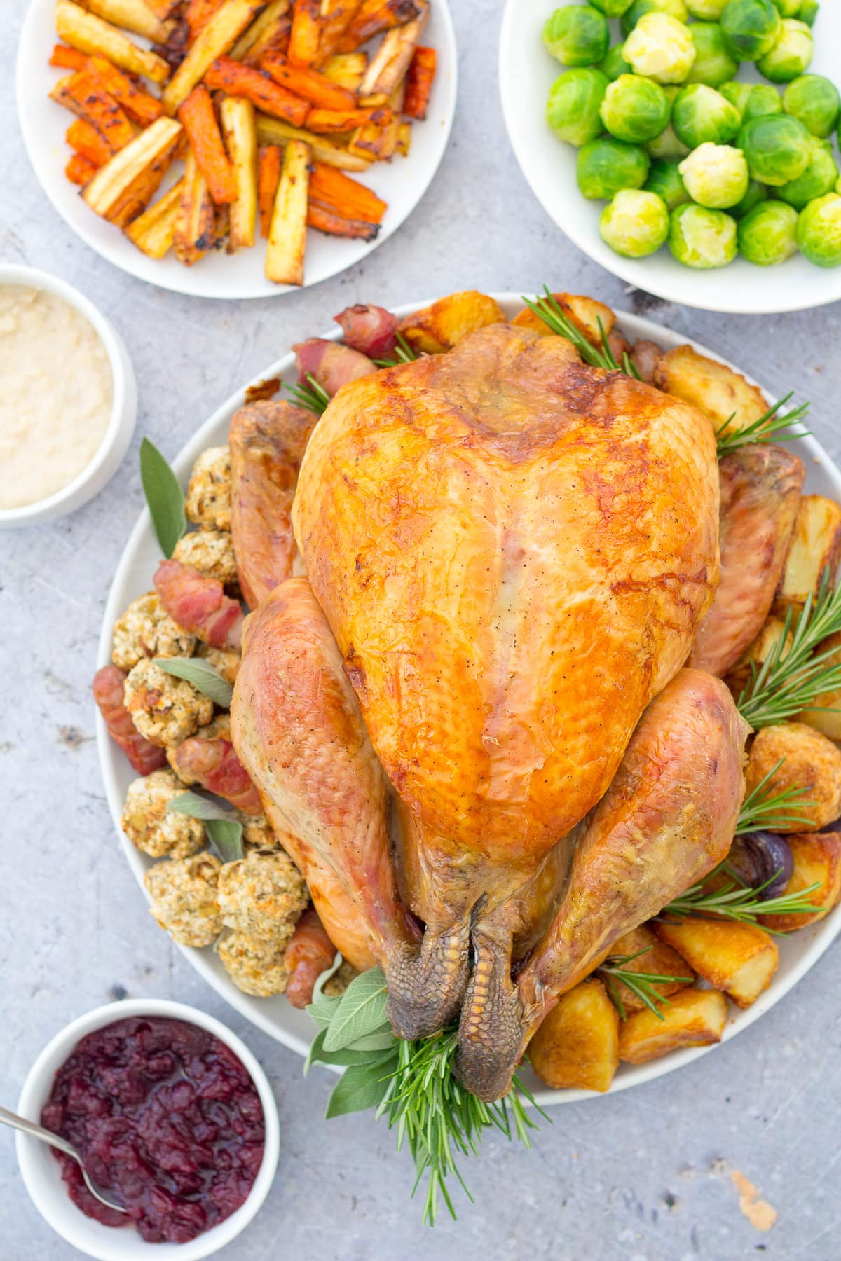 10 Tricks To Make Cooking Your Christmas Dinner Easy Peasy Easy