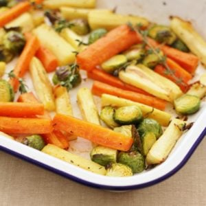 Easy Christmas Vegetable Traybake