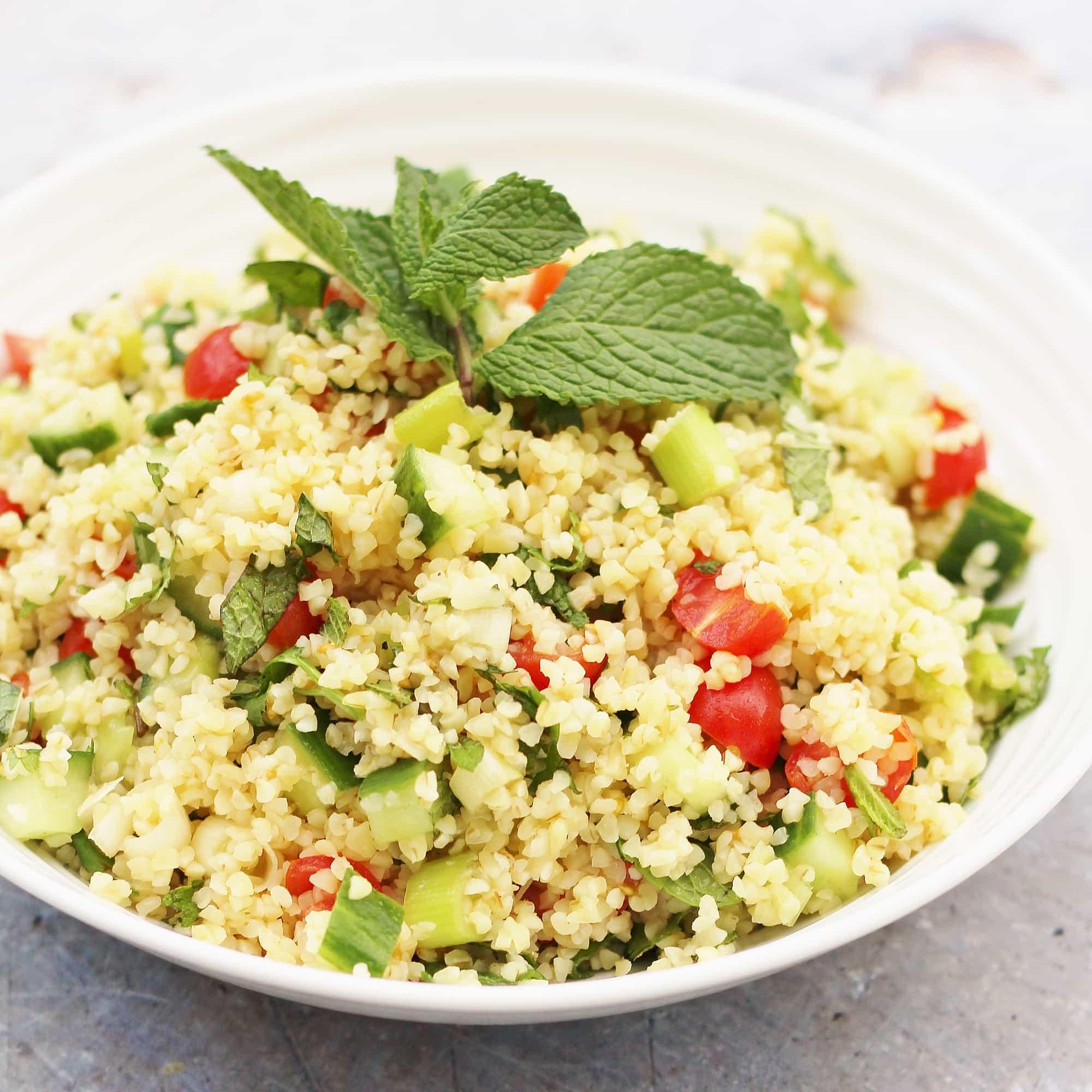 Easy Tabbouleh Salad (Vegan) - Easy Peasy Foodie