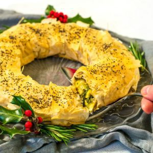 Creamy Leek Strudel Wreath