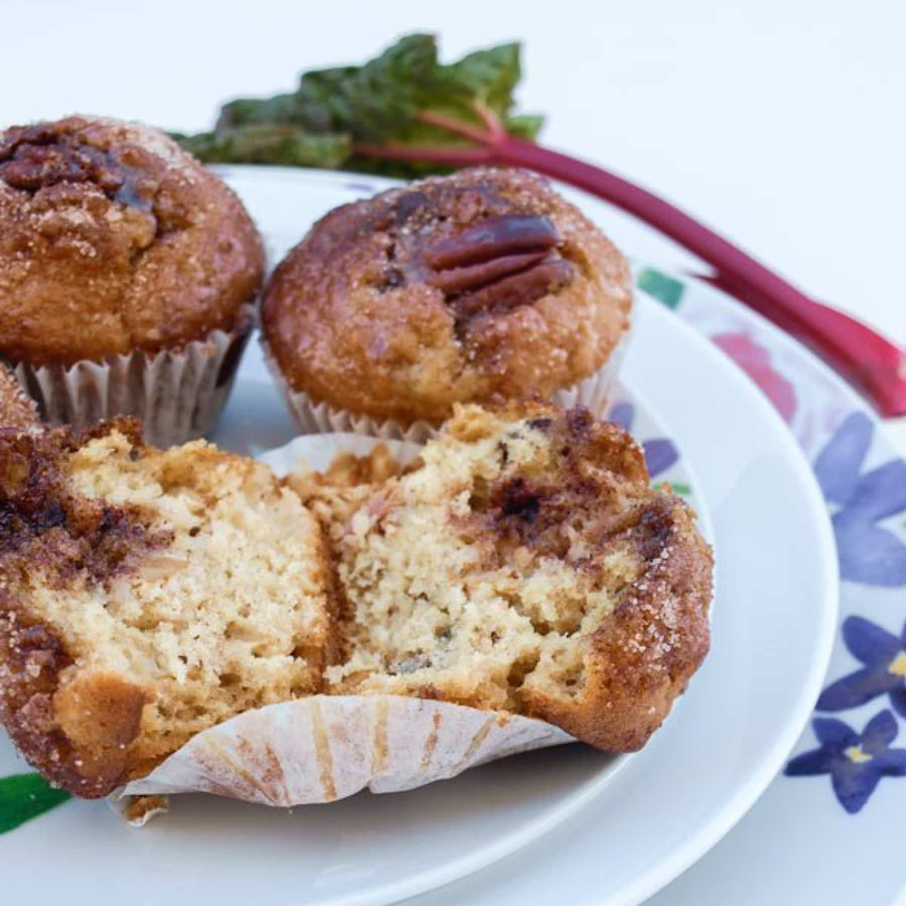 Rhubarb and Pecan Muffins