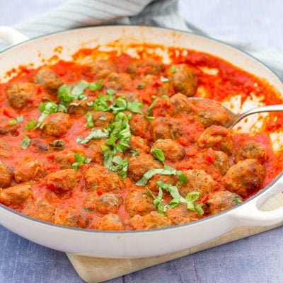 Easy Homemade Meatballs with Tomato Sauce